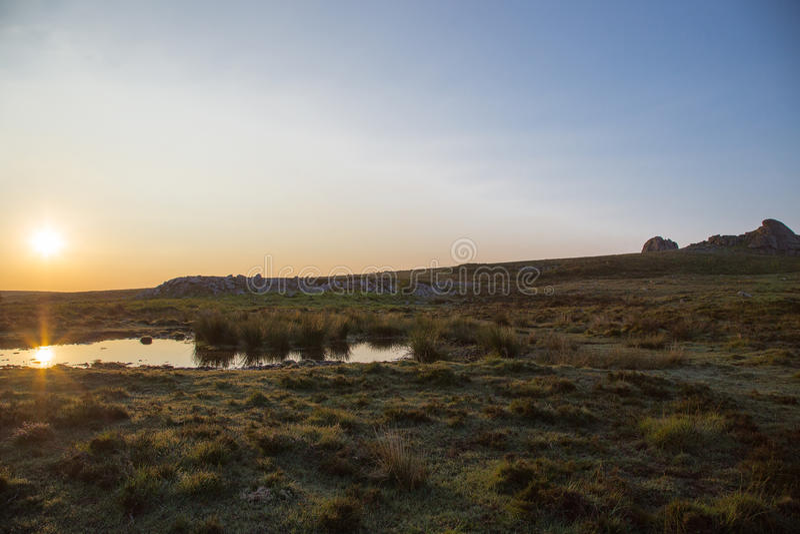 Dartmoorzonsopgang stock afbeelding