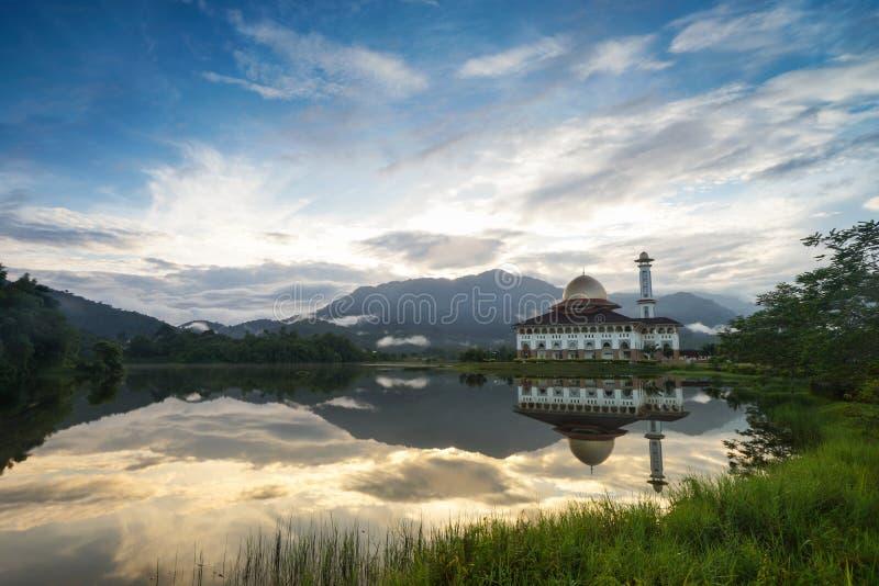 Darul古兰经清真寺在雪兰莪 免版税库存图片