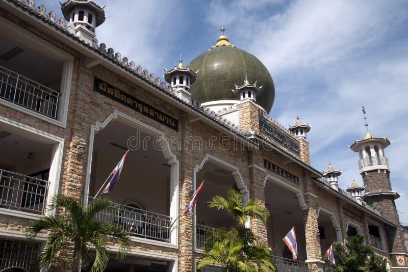 Darun aman moské det störst i nordliga Thailand Det är en byggd blandning av kinesisk och islamisk arkitektur royaltyfria bilder