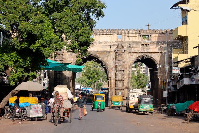 Darwaja teenager Ahmedabad - India fotografie stock
