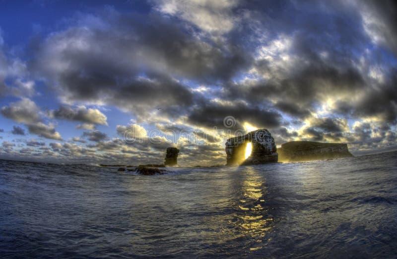 Darwin Arch, Darwin Island, Galapagos fotografie stock libere da diritti
