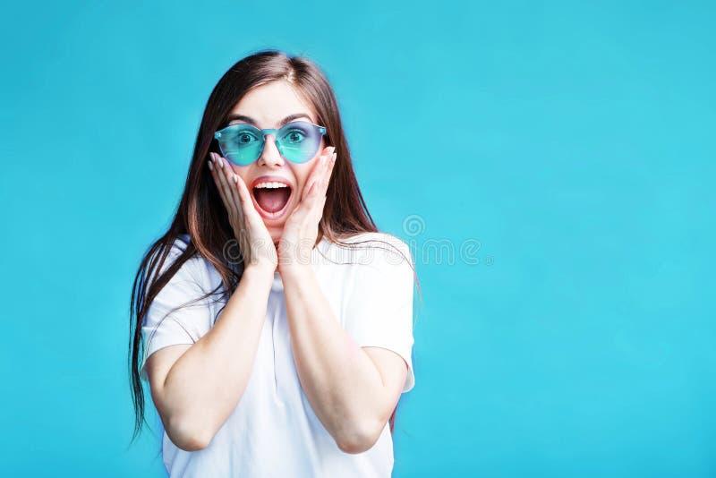 Das überraschte Mädchen lizenzfreie stockfotos