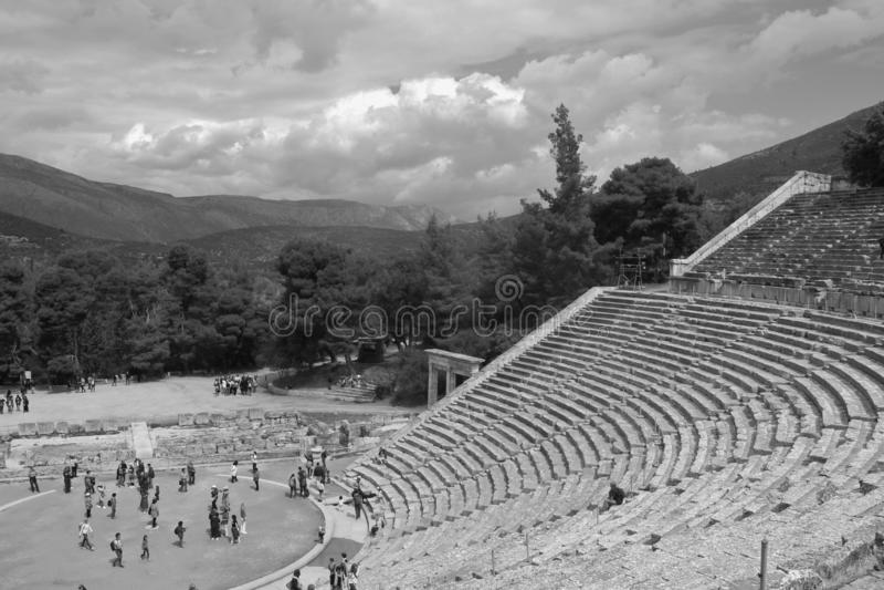 Das alte Epidauros-Theater, BC errichtet im 4. Jahrhundert Peloponnes, Griechenland lizenzfreies stockfoto