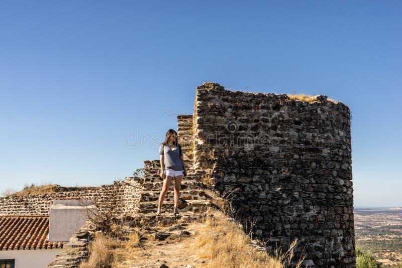 Das alte mittelalterliche Schloss von Evoramonte, Portugal lizenzfreie stockfotos