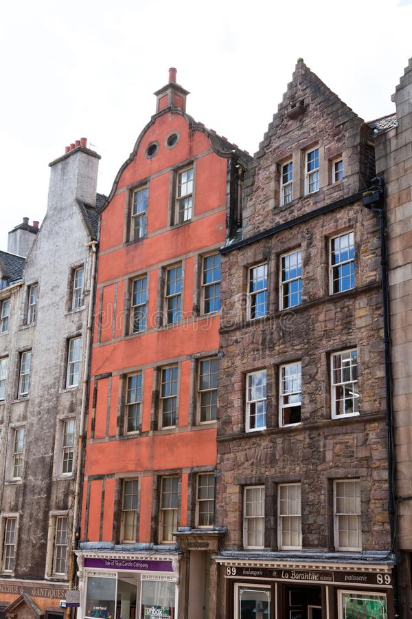 Das alte und alte Gebäude in Edinburgh lizenzfreies stockbild