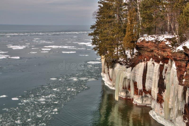 Das Apostel-Islands nationale See-Ufer sind ein populärer touristischer Bestimmungsort auf Oberem See in Wisconsin stockbild