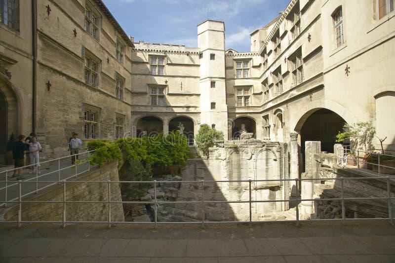Das Arlaten-Museum, Arles, Frankreich lizenzfreies stockfoto
