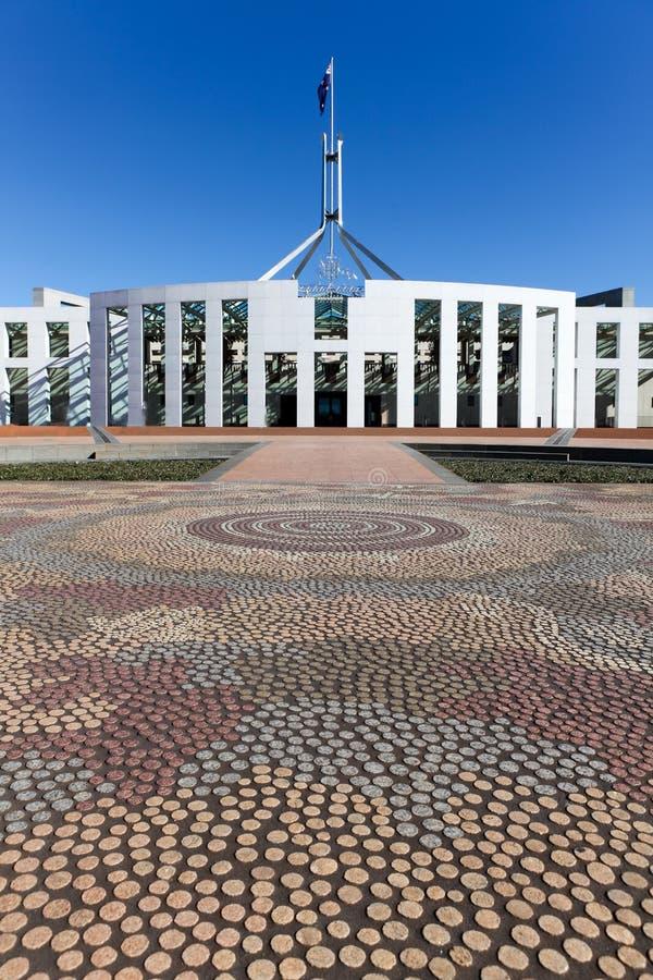 Das Australien-Parlament bringen Mosaik unter lizenzfreie stockfotografie