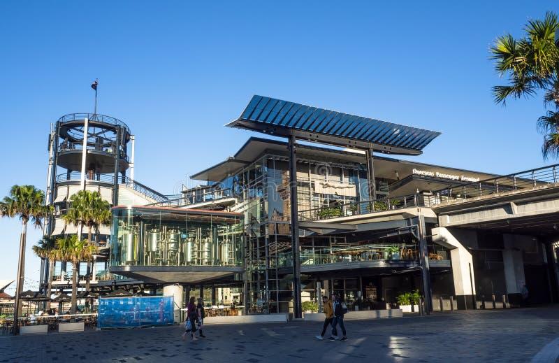 Das ?berseefluggastterminal OPT, offiziell bekannt als Sydney Cove Passenger Terminal, ist ein allgemeines Kreuzschiff stockbild