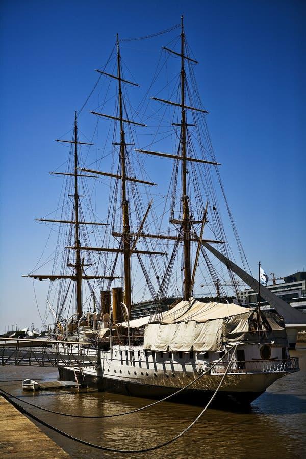 Das Boot von Puerto Madero stockfotografie