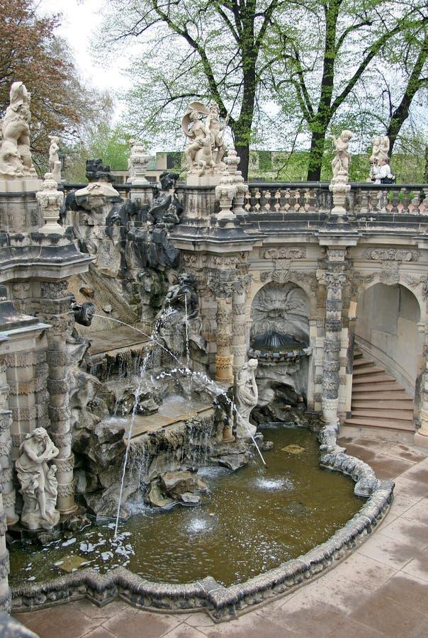 Awesome Download Das Brunnen Bad Von Nymphen An Zwinger Palast In Dresden,  Deutschland Stockbild