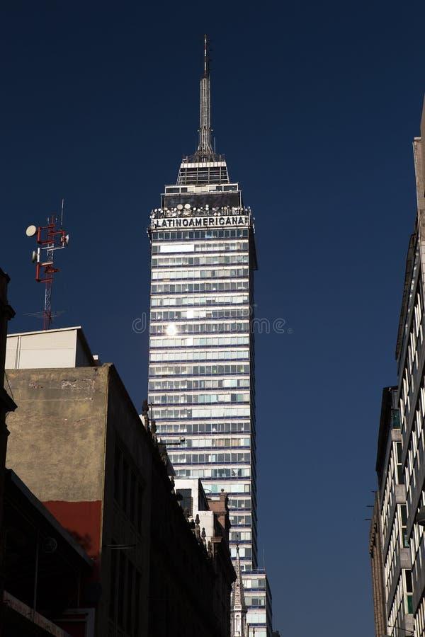Download Das Buiding LatinoAmericana, Mexiko City Stockbild - Bild von gebäude, wolkenkratzer: 90235185