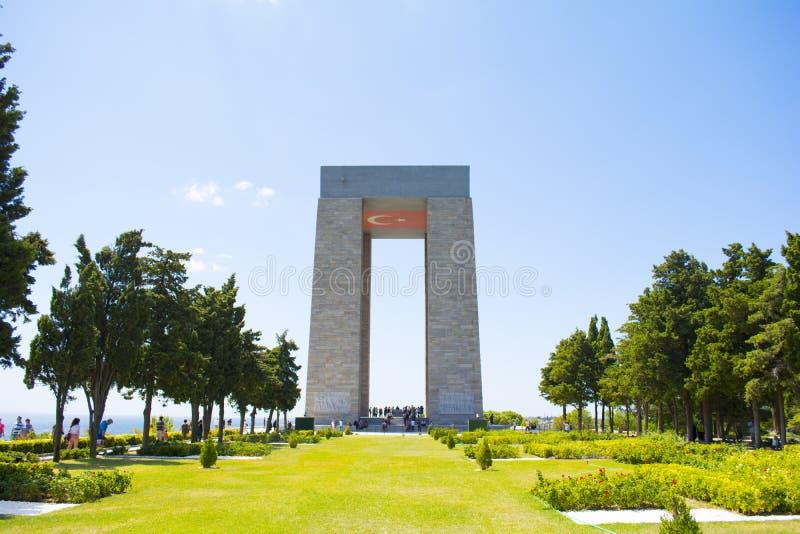 Das Canakkale-Märtyrer-Denkmal ist ein Kriegsdenkmal, das den Service von ungefähr türkischen Soldaten gedenkt stockbilder