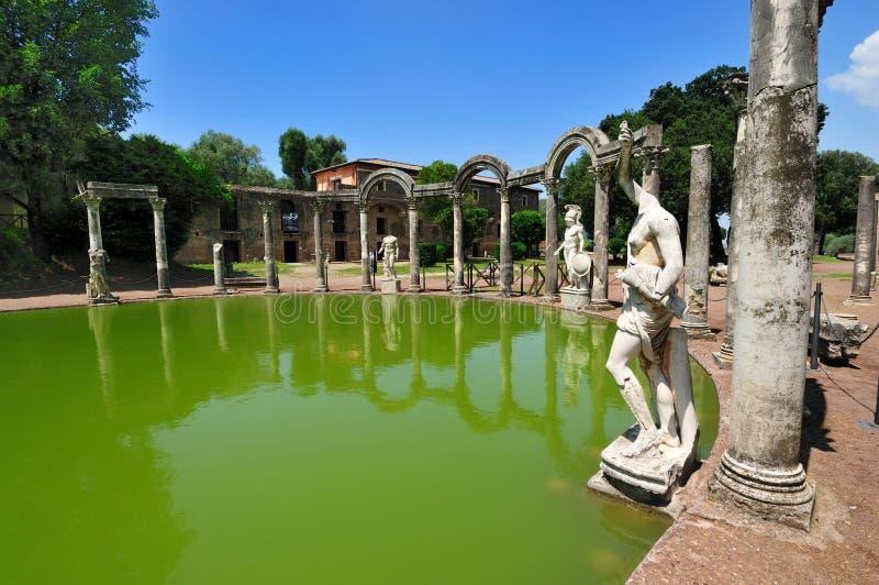 Das Canopo im Hadrian Landhaus, Tivoli - Rom, Italien stockbilder