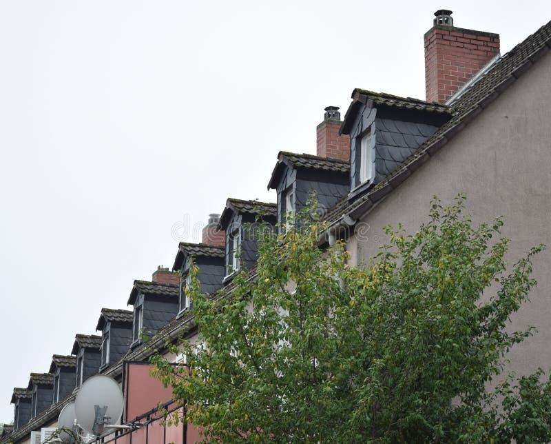 Das Dach mit dem ähnlichen Muster lizenzfreie stockfotografie