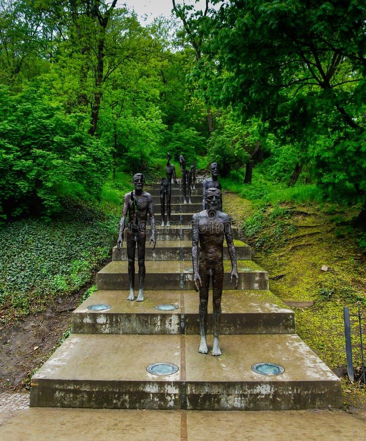 Das Denkmal zu den Opfern des Kommunismus lizenzfreie stockbilder
