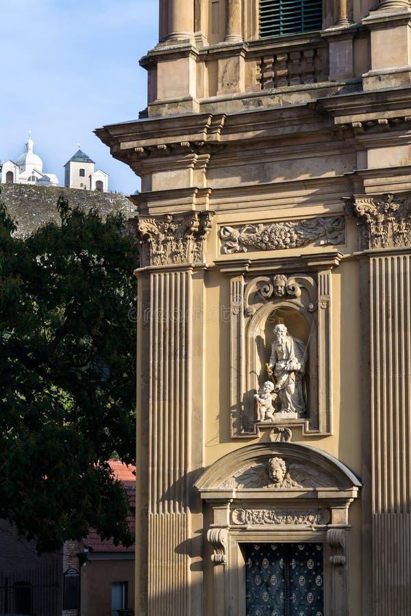 Das Dietrichstein Grab Kulturdenkmal mit der Kirche St. Anne, Naturschutzgebiet Heiliger Hügel mit Kapelle Sebastian lizenzfreie stockfotografie