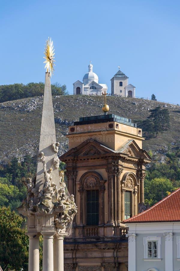 Das Dietrichstein Grab Kulturdenkmal mit der Kirche St. Anne, Naturschutzgebiet Heiliger Hügel mit Kapelle Sebastian stockfotografie