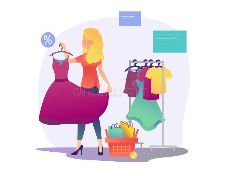 Das Einkaufen der Frauen Das Mädchen versucht auf einem Kleid lizenzfreie stockbilder