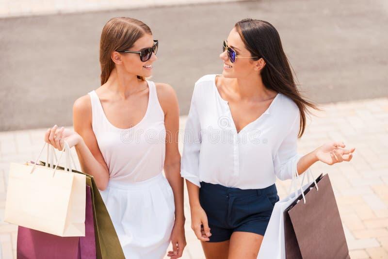 Das Einkaufen ist die beste Therapie stockfotos