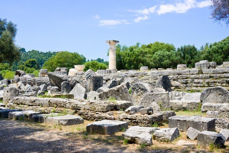 Das Errichten bleibt an alter archäologischer Fundstätte Olimpias in Griechenland lizenzfreies stockbild