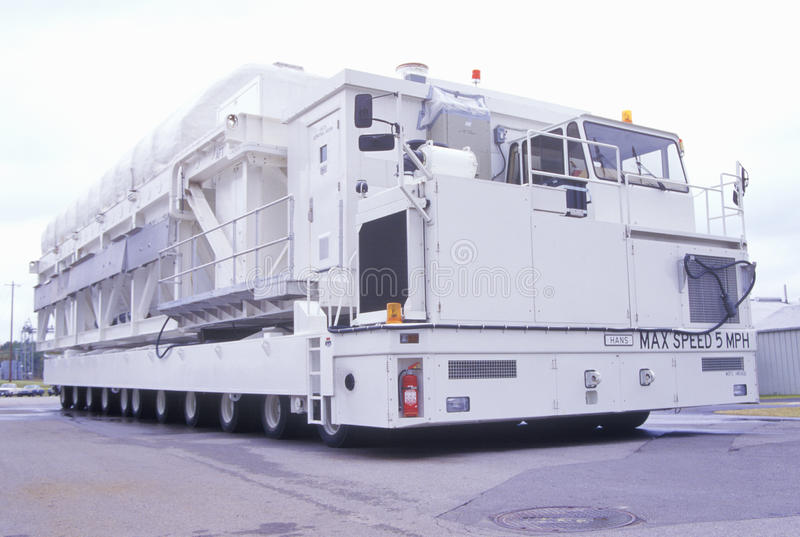 Das Fahrzeug der NASAs Karmag beim George C Marshall Space Flight Center in Huntsville, Alabama, kann 794.000 Pfund Ausrüstung be lizenzfreies stockbild
