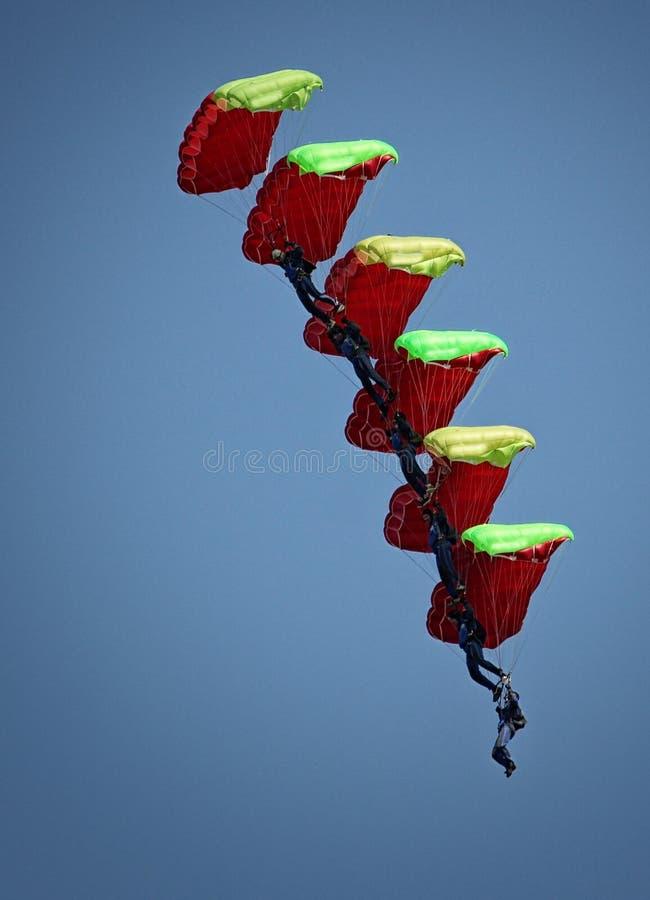 Das Fallschirmspringen ist eine gute Gelegenheit zu erfahren stockfoto