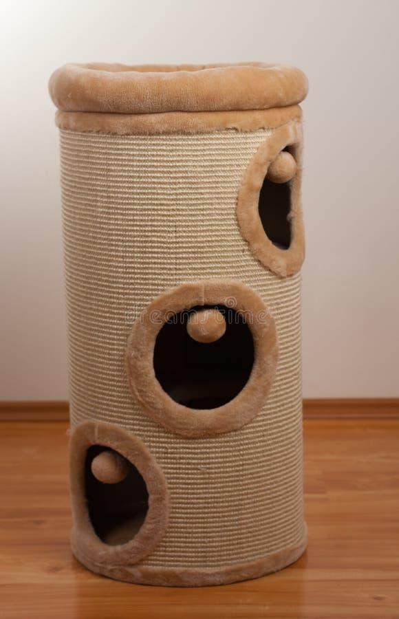 Das Fass, Zylinder für Katzen verkratzend verkratzen lizenzfreie stockfotos