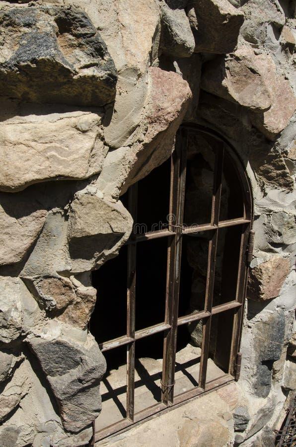 Das Fenster, das oben an den Bischöfen abgehalten wird, ziehen sich in Colorado zurück stockfotografie