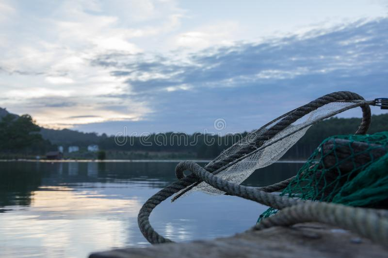 Das Fischenwerkzeug für Fischer auf dem See, ex: Gitter und Kerl Kunst 33 lizenzfreies stockbild