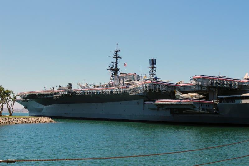 Das Flugzeugträgermuseum USSs mittlere lizenzfreie stockfotos