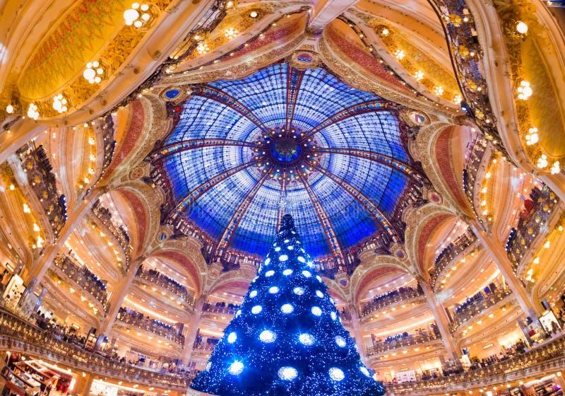 Das Galeries Lafayette auf Paris, Frankreich. lizenzfreies stockfoto