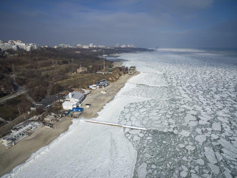Das gefrorene Schwarze Meer in Odessa Feb 2017 lizenzfreie stockfotografie