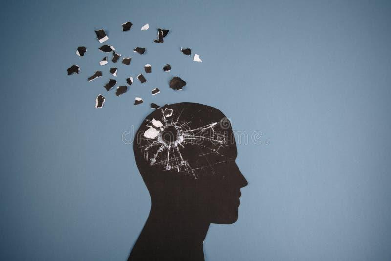 Das Gehirnstörungssymbol, das durch menschlichen Kopf dargestellt wurde, machte Formpapier Kreative Idee für Alzheimerkrankheit,  lizenzfreies stockbild
