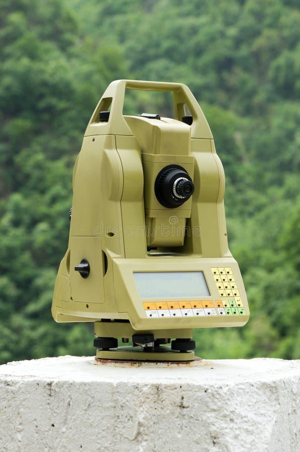 Das geodätische messende Hilfsmittel stockfotografie