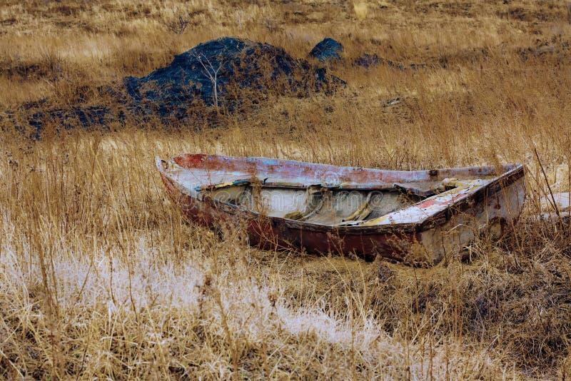Das geworfene Boot stockfotos