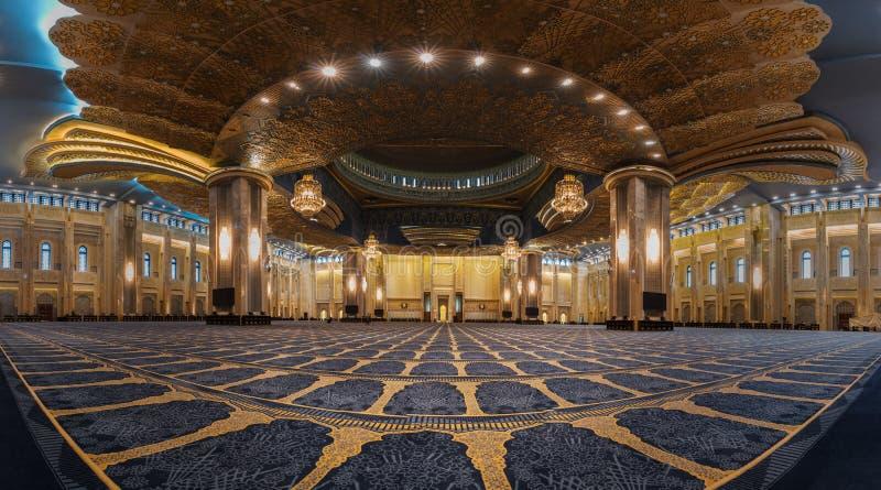 Das granduity der großartigen Moschee lizenzfreies stockbild