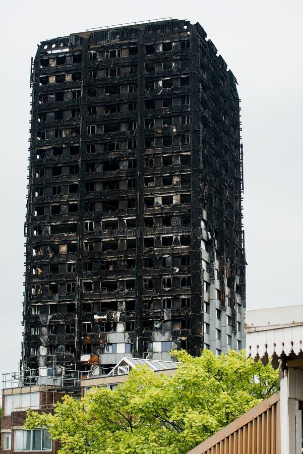 Das Grenfell-Turm-Feuer lizenzfreie stockfotografie