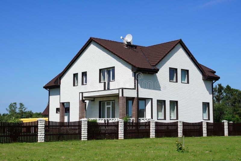 Das große Haus lizenzfreies stockfoto