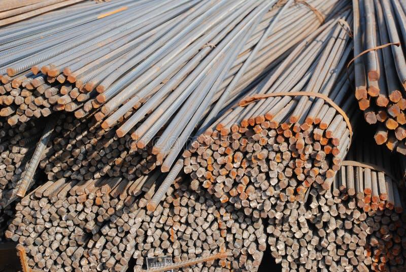 Das große Stahlstabbündel stockbilder