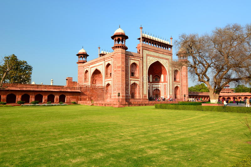 Das große Tor (Darwaza-irauza) Taj Mahal Agra, Uttar Pradesh Indien lizenzfreie stockfotos