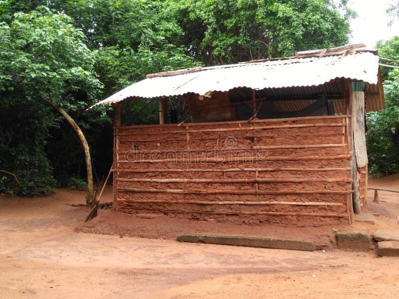 Das Haus gebaut durch Lehm stockfotografie