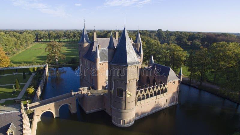 Das Heeswijk-Schloss lizenzfreie stockfotos