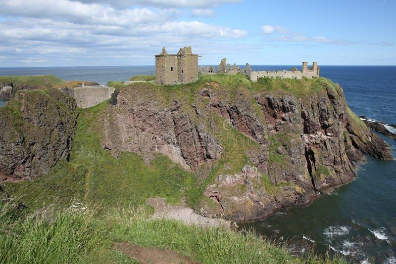 Das historische Dunnattor-Schloss in Schottland, Großbritannien stockfotografie