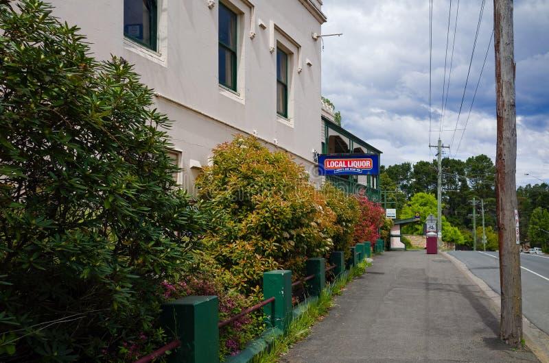 Das historische Hotel Kaiser im Dorf des Bergs Victoria stockbild