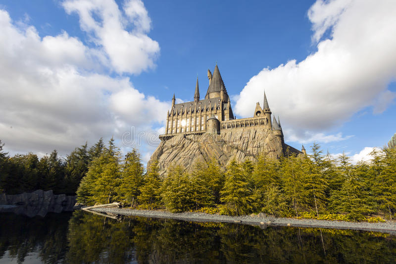 Das Hogwarts-Schloss in den Universalparks u. Freizeitpark Universal Studioss Japan der Erholungsorte in Osaka lizenzfreies stockfoto