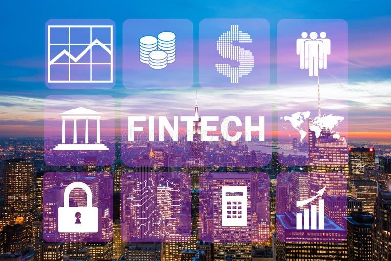 Das intelligente Stadtkonzept mit fintech Finanztechnologiekonzept lizenzfreie stockfotos