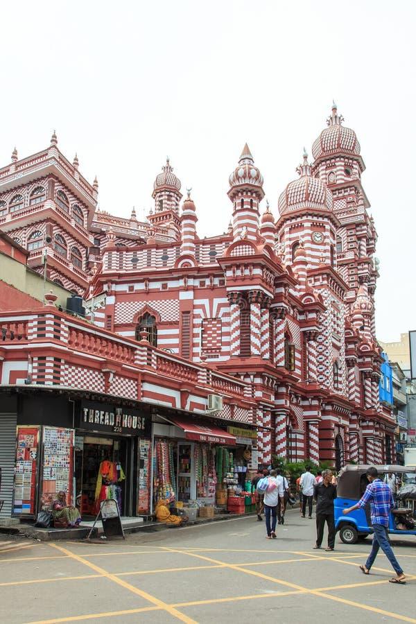 Das Jamiul Alfar Masjid oder allgemein bekannt als die rote Moschee in Pettah - Colombo stockfotos