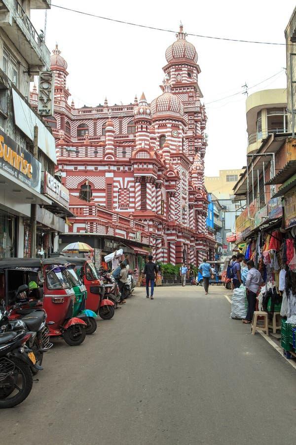 Das Jamiul Alfar Masjid oder allgemein bekannt als die rote Moschee in Pettah - Colombo lizenzfreie stockfotos