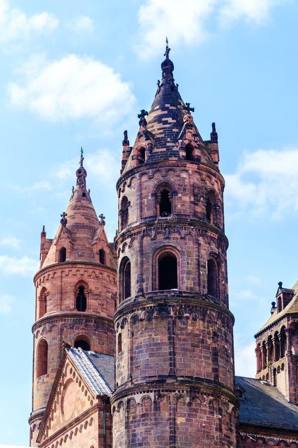 Das Kaiserdom von St Peter in den Würmern, errichtet 1130-1181, Deutschland lizenzfreie stockbilder